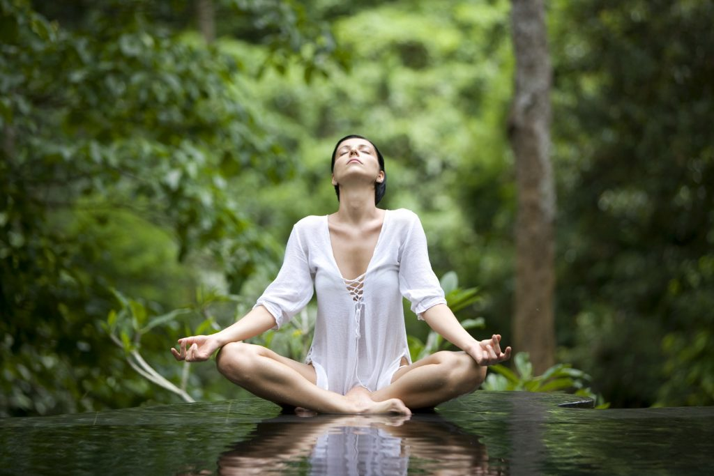 Yoga vid vatten