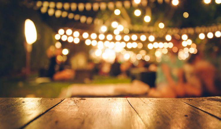 fest utomhus på camping